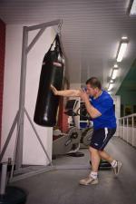 Стойка для боксерского мешка угловая с мешком