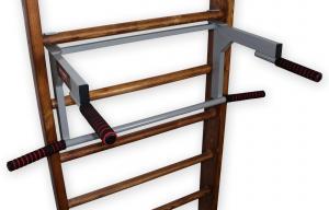 Турник-брусья на шведскую стенку с гнутым широким хватом - в положении брусьев - вид сбоку