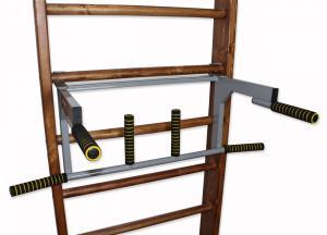 Турник-брусья на шведскую стенку c гнутым широким и узким хватом в положении брусьев